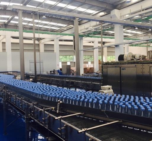 巴马铂泉:无人区寻水源 企业标准高于国家标准